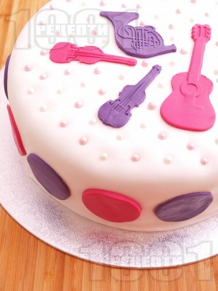 Музикална торта Рут Колева с маскарпоне и кондензирано мляко - снимка на рецептата